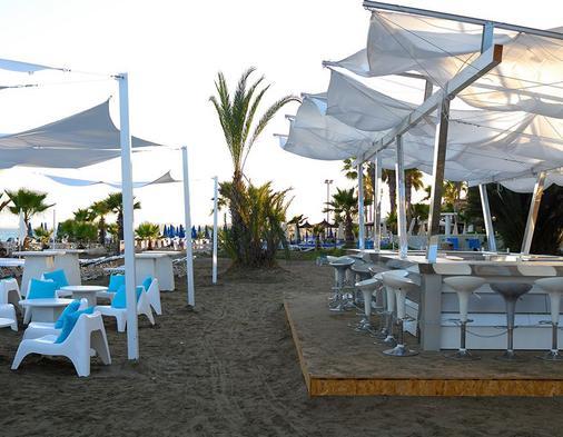 森蒂杜沙滩酒店及spa中心度假村 - 拉纳卡 - 酒吧
