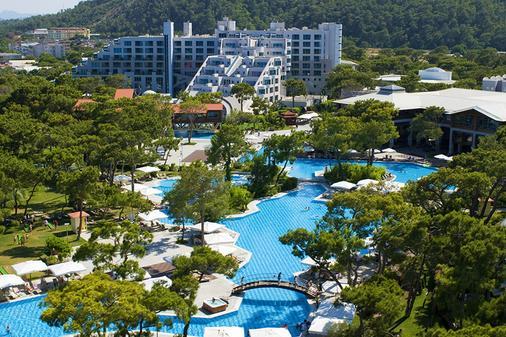 瑞克苏斯桑格特酒店 - 安塔利亚 - 游泳池
