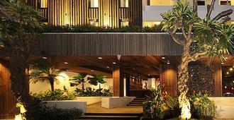 贝恩酒店 - 库塔 - 建筑