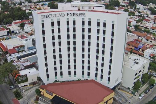 艾赫库蒂沃快捷酒店 - 瓜达拉哈拉 - 建筑