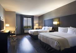 卡尔斯巴德/圣地亚哥假日酒店 - 卡尔斯巴德 - 睡房