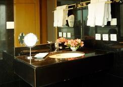 美丽华酒店 - Lima - 浴室