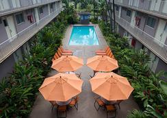 太平洋码头酒店 - 檀香山 - 游泳池