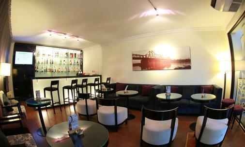 河内阿尼斯酒店 - 河内 - 酒吧