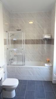 拉玛尔蒂娜酒店 - 尼斯 - 浴室