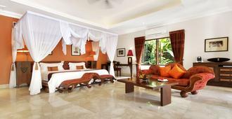巴厘岛总督别墅度假村 - 乌布 - 睡房
