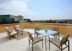 圣地亚哥拉霍亚万豪酒店 - La Jolla - 睡房