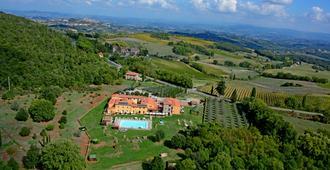 卡索莱尔特里罗莎酒店 - 圣吉米纳诺 - 户外景观