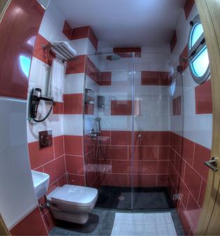 波多黎各特拉斯酒店 - 大加那利岛拉斯帕尔马斯 - 浴室