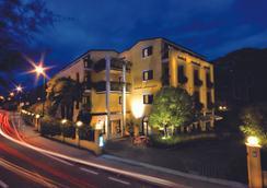 桑托尼自在主义酒店 - 托尔博莱 - 户外景观