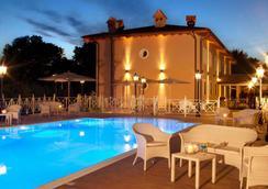 皮科洛伯格酒店 - 罗马 - 游泳池