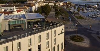 法鲁酒店及海滩俱乐部 - 法鲁 - 建筑