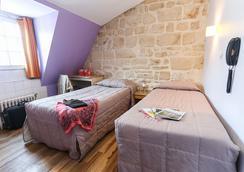 蒙特克莱尔蒙马特旅舍及经济型酒店 - 巴黎 - 睡房