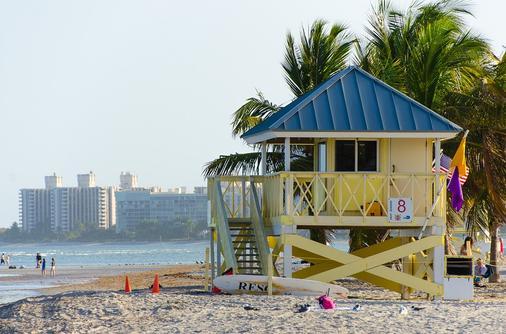 百汇机场汽车旅馆 - 迈阿密泉 - 海滩