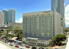 迈阿密城中万怡酒店 - 迈阿密 - 建筑