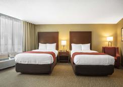 曼非斯市中心凯富酒店 - 孟菲斯 - 睡房
