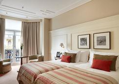 伦德雷斯茵格拉特拉酒店 - 圣塞瓦斯蒂安 - 睡房