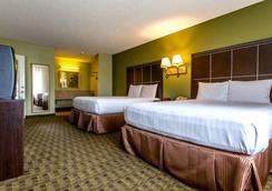 阿纳海姆布埃纳公园凯艺套房酒店 - 比埃纳帕克 - 睡房
