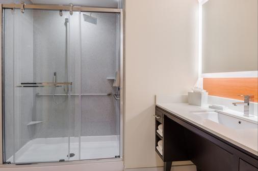亚特兰大市中心希尔顿欣庭套房酒店 - 亚特兰大 - 浴室