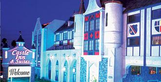 阿纳海姆城堡套房酒店 - 安纳海姆 - 建筑