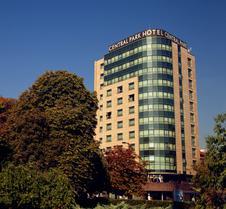 索非亚罗斯林中央公园酒店