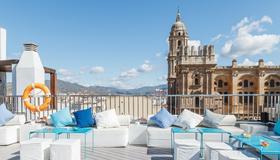 莫里纳拉里欧酒店 - 马拉加 - 阳台