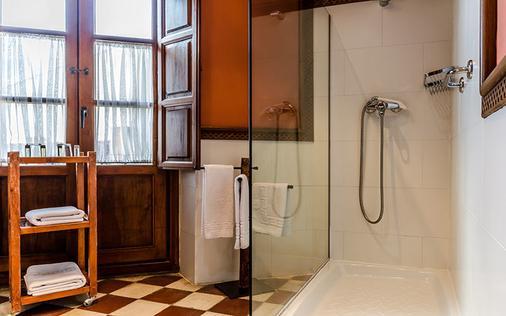 卡萨的费德里克酒店 - 格拉纳达 - 浴室