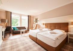 蒙特斯坦德瓦尔德瑞恩酒店 - 不莱梅 - 睡房