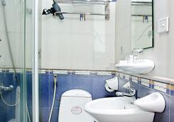 Van Mieu Hotel - 河内 - 浴室