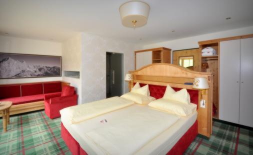 匹尔玛哥特酒店 - 斯拉德明 - 睡房