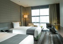 Holiday Inn Bangkok Sukhumvit - 曼谷 - 睡房