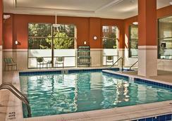 阿灵顿市政大厅原住客栈 - 阿林顿 - 游泳池