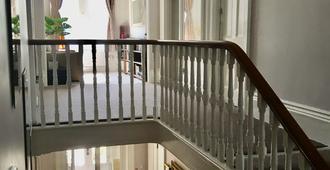 萨莫顿旅馆酒店 - 尚克林 - 楼梯