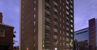 巴尔的摩市中心希尔顿惠庭酒店 - 巴尔的摩 - 建筑