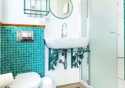 阿尔波尔套房酒店 - 特拉维夫 - 浴室