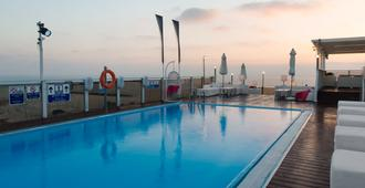 特拉维夫海滩莱昂纳多艺术酒店 - 特拉维夫 - 户外景观