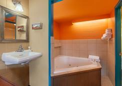 金盏花酒店 - 彭德尔顿 - 浴室
