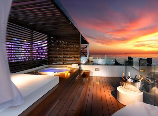 伊维萨硬石酒店 - 普拉亚登博萨 - 阳台