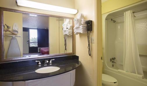 奥兰多欧陆广场酒店 - 奥兰多 - 浴室