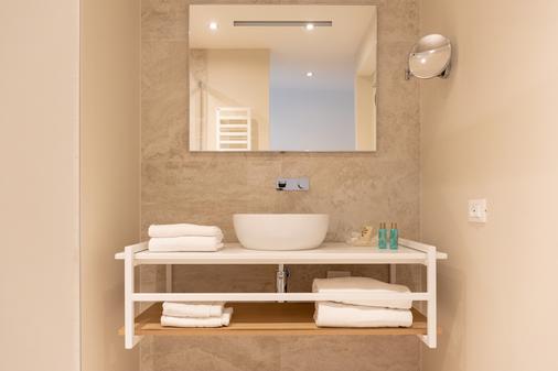 富丽堂皇的宫殿酒店 - Limone sul Garda - 浴室