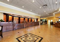 奥兰多基西米马茵盖特红狮酒店 - 奥兰多 - 大厅
