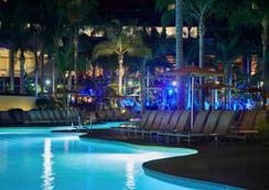 圣地亚哥万豪侯爵与滨海酒店 - 圣地亚哥 - 游泳池