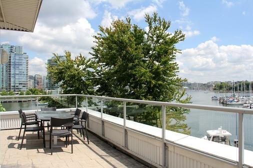 格兰维尔岛酒店 - 温哥华 - 阳台