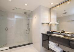 格兰维尔岛酒店 - 温哥华 - 浴室