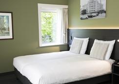 罕布什尔经典酒店 - 埃因霍温 - 睡房