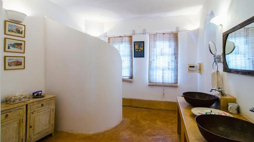海酒店 - Morjim - 浴室