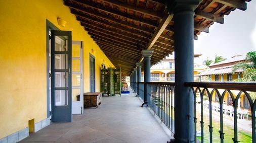 海酒店 - Morjim - 阳台