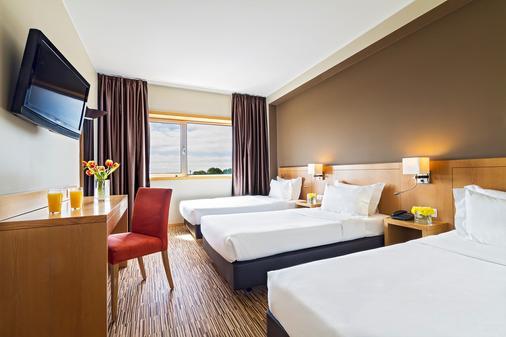波尔图-图尔乐酒店 - 波尔图 - 睡房