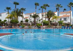 向阳精选酒店 - San Miguel de Abona - 游泳池