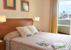 贝纳尔之选海滩公寓 - 贝纳马德纳 - 睡房
